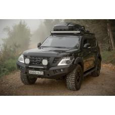 Автомобиль Nissan Patrol Y62 подготовленный для комфортного передвижения по любым дорогам и направлениям